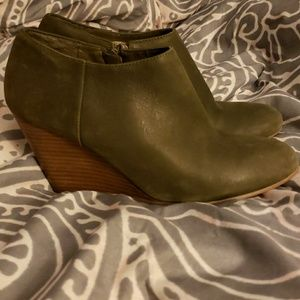 Nine West Olive Green Booties
